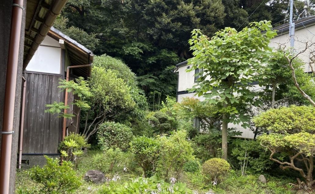 Garden of Geisha house in Gokurakuji